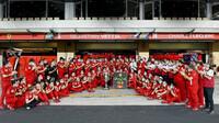 Tým Ferrari v Abú Zabí