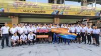 Carlos Sainz se loučí s týmem McLaren v Abú Zabí