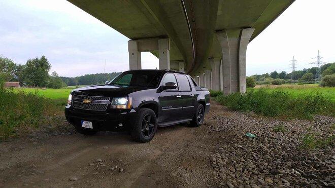 HoppyGo Chevrolet Avalanche