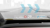 Head-up-Display s rozšířenou realitou promítá na čelní okno důležité informace