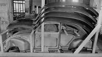 Od roku 1950 dodává VW do zahraničí vozidla rozložená na jednotlivé díly. Prvním byl samozřejmě legendární Brouk