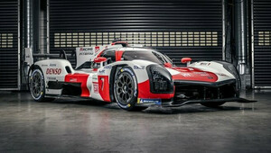 Toyota představila GR010 Hybrid Le Mans Hypercar s výkonem 680 koní - anotační obrázek