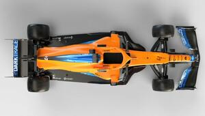 Nový McLaren MCL35M s mnohem užší zádí