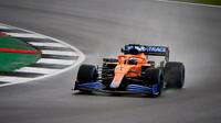 Daniel Ricciardo v Silverstone s novým McLarenem MCL35M