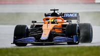 Lando Norris s novým McLarenem MCL35M v Silverstone
