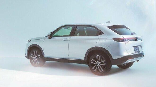 Honda ukázala nové HR-V inspirované kupé a s hybridem v základu