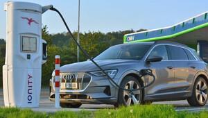 Úvod roku 2021 ukázal, jak se zastánci čisté elektromobility prozatím mýlí - anotační obrázek