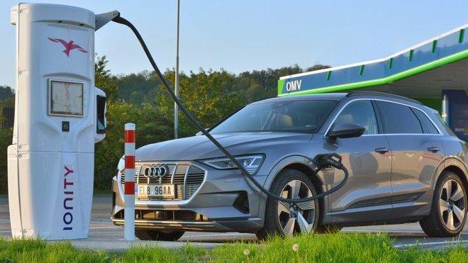 IONITY spolupracuje s OMV a otevřela na dálnici D1 další dvě rychlodobíjecí stanice