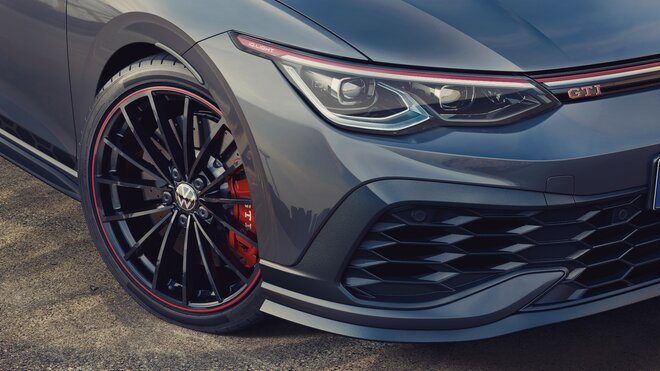 """Volkswagen posílá na trh exkluzivní Golf GTI """"Clubsport 45"""""""