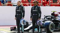 Lewis Hamilton a Valtteri Bottas - první předsezonní testy v Bahrajnu