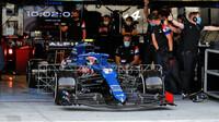 Esteban Ocon - první předsezonní testy v Bahrajnu