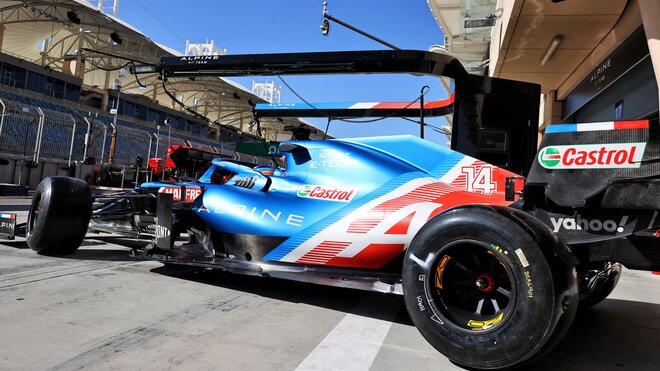 Fernando Alonso během testů s Alpine A521