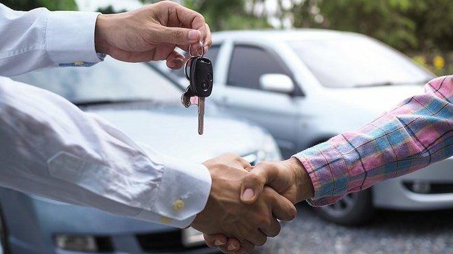 Jaká forma úvěru, jako půjčky na auto, je nejvýhodnější?