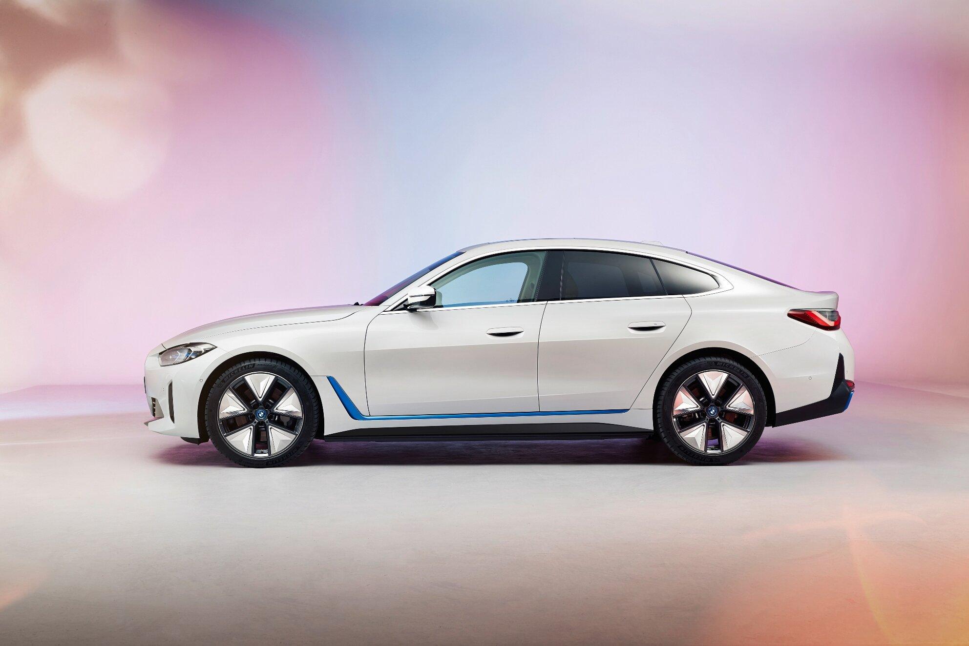 BMW i4 - čistě elektrické 4dveřové Gran Coupé vstoupí na trh v průběhu roku 2021