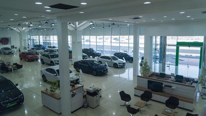 Škoda v Dubaji otevřela svůj největší showroom na světě