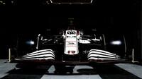 Alfa Romeo - páteční trénink v Bahrajnu
