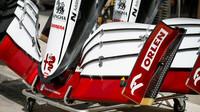 Přední křídlo vozu Alfa Romeo C41 - Ferrari - páteční trénink v Bahrajnu