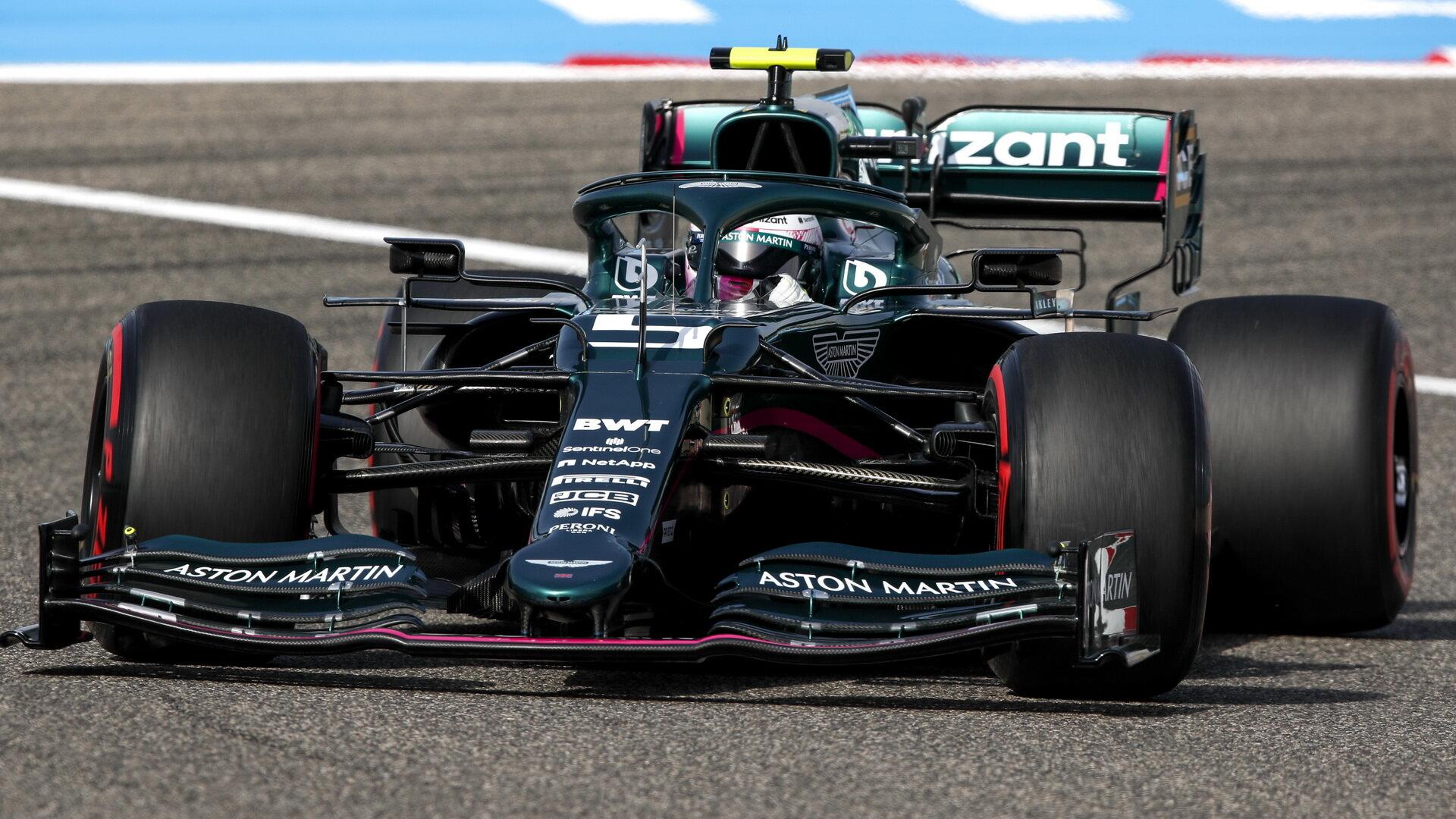 Sebastian Vettel skončil ve Velké ceně Bahrajnu patnáctý