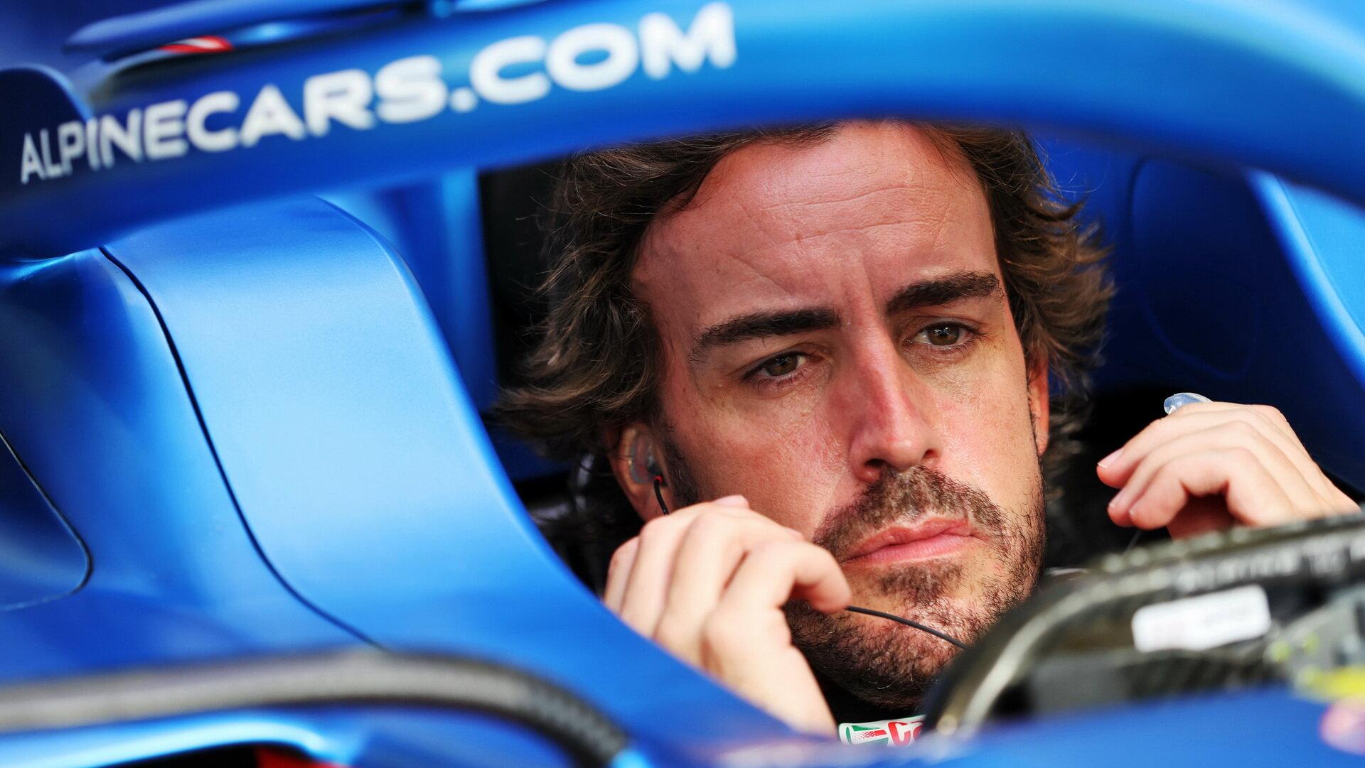 """Fernando Alonso je se začátkem sezóny 2021 u Alpine zatím spokojený: """"Víc jsem si ani přát nemohl"""""""