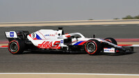 Nikita Mazepin - páteční trénink v Bahrajnu