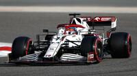Kimi Räikkönen - sobotní trénink v Bahrajnu