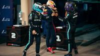 Valtteri Bottas a Lewis Hamilton po kvalifikaci v Bahrajnu