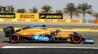 Daniel Ricciardo - sobotní trénink v Bahrajnu