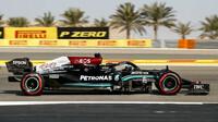 Lewis Hamilton - sobotní trénink v Bahrajnu