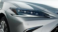 Lexus ES - nově koncipované světlomety