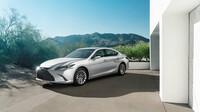 Lexus odhalil luxusní manažerský sedan ES - anotační obrázek