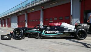 """Mercedes F1 na 18"""" kolech: Hamilton v Imole testoval pneumatiky pro rok 2022 + FOTO - anotační obrázek"""