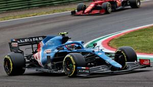 Alpine by v Monaku mohlo mít na Ferrari i McLaren, očekává Ocon - anotační obrázek