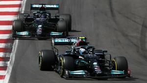 Bottas nejrychlejší, Verstappenovi scházelo jen 33 tisícin sekundy! O přerušení tréninku se postaral Kubica - anotační obrázek