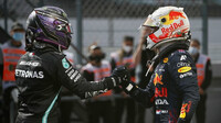Max chybuje, to si proti Lewisovi nesmí dovolit, říká Rosberg - anotační obrázek