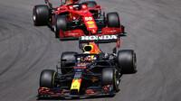 Max Verstappen a Carlos Sainz - závod v Portugalsku