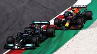 Max Verstappen a Lewis Hamilon - závod v Portugalsku