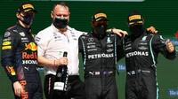Nejlepší jezdci na pódiu po závodě v Portugalsku