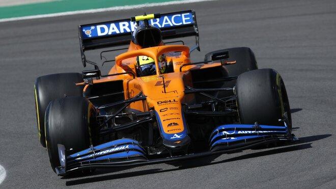Lando Norris s McLarenem MCL35M