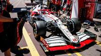 Kimi Räikkönen při čtvrtečním tréninku v ulicích Monaka