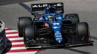 Fernando Alonso během tréninku v Monte Carlu