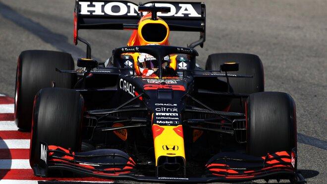 Max Verstappen dnes skončil po defektu pneumatiky předčasně