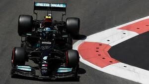 Druhý trénink pod nadvládou Mercedesu. Red Bull ztrácí - anotační obrázek