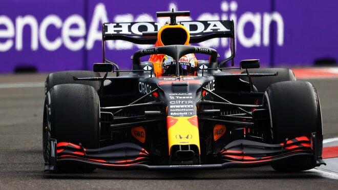 Max Verstappen - závod v Baku