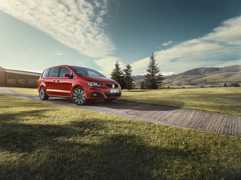 Seat Alhambra modelového roku 2022 bude dostupný s motorem 1.4 TSI 110 kW (150 k) a výbavou Xcellence za 964 900 Kč