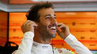 Usměvavý Daniel Ricciardo