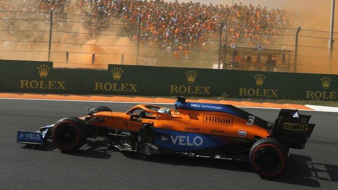 Daniel Ricciardo s McLarenem v Zandvoortu