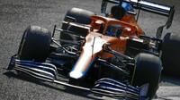 Daniel Ricciardo v závodě na Monze