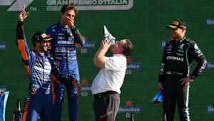 Daniel Ricciardo a Lando Norris slaví velký úspěch pro Mclaren na Monze