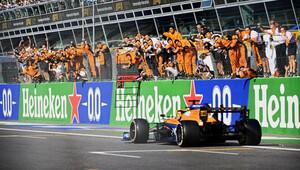 Velká rána pro Ferrari, Sainz má přesto z vítězství McLarenu v Monze radost - anotační obrázek
