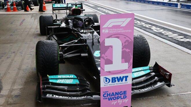 Lewis Hamilton, vítěz závodu v Soči